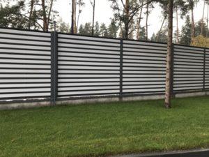 металлический забор шахматка